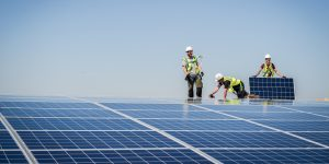 solar-panel-workers